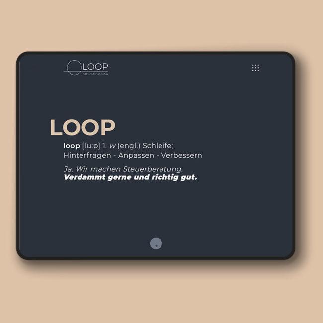 Beispiel für responsive Webdesign der Yip Yips Agentur Aachen, Tablet mit Webseite der Loop Steuerberatung
